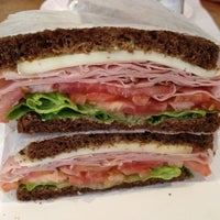 7/21/2012にWalter B.がThe Original Sandwich Shoppeで撮った写真