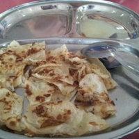 Photo taken at Restoran Nasi Kandar Impian by ebal 1. on 10/12/2011