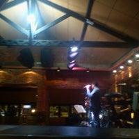 Foto tirada no(a) Buxixo Rock Bar por Jhemis D. em 9/11/2011