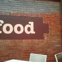 Снимок сделан в Park & Co. пользователем Bre 6/14/2012