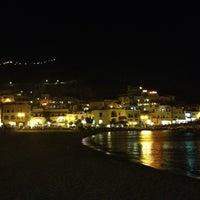 Foto scattata a Spiaggia di Sant'Angelo da Alina 🐱 B. il 7/31/2012