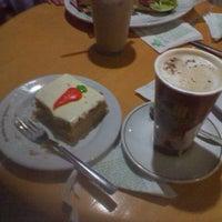 Foto tomada en The Italian Coffee Company por Alehanndro T. el 1/26/2012