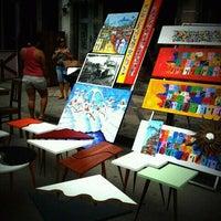 Foto tirada no(a) Feira do Rio Antigo por Beta B. em 12/3/2011