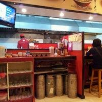 Photo taken at Ramen 38 (Sanpachi) by Rik on 3/19/2012