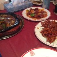 Photo taken at The Chinese Restaurant (Abu Khalil) | المطعم الصيني (أبو خليل) by Ala'a A. on 8/25/2012