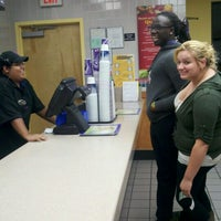 Photo taken at Taco Bell by Kelly C. on 9/20/2011