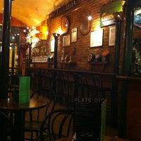 Das Foto wurde bei La Cervesera Artesana von Marcos G. am 5/1/2012 aufgenommen