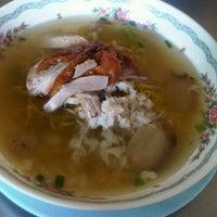 Photo taken at ช. เจริญโภชนา by LOOKKAEW on 12/30/2011