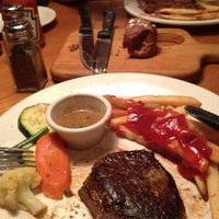 Photo taken at Outback Steakhouse by lidya s. on 2/19/2012