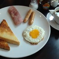 Photo taken at Panana Café by mot_lew on 6/4/2012