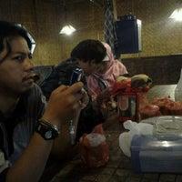 Photo taken at Waroeng bamboe by aang g. on 8/13/2011