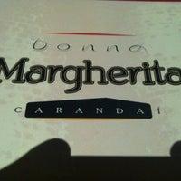 Foto tirada no(a) Pizzaria Donna Margherita por Fred A. em 3/26/2012