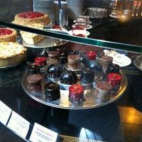 Das Foto wurde bei Chocolat Grand Café von Marco E. am 7/15/2012 aufgenommen