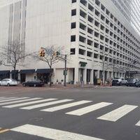 Photo taken at Sheraton Indianapolis City Centre Hotel by Tony T. on 12/14/2011