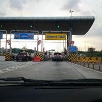 Photo taken at DUKE Highway by Zaini Z. on 1/24/2012