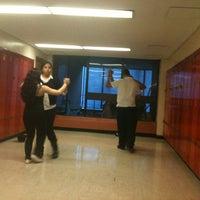 Das Foto wurde bei Park West High School von Alex O. am 5/22/2012 aufgenommen