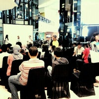 Photo taken at Indonesia Social Media Festival 2011 (SocMedFest) by Astri K. on 9/24/2011