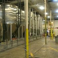 Das Foto wurde bei Ballast Point Brewing & Spirits von Heather L. am 5/3/2012 aufgenommen