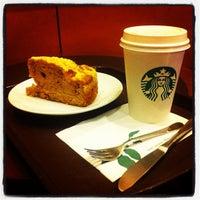 10/26/2011 tarihinde Arman E.ziyaretçi tarafından Starbucks'de çekilen fotoğraf