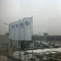 Снимок сделан в Volkswagen Центр Север пользователем Kirill A. 4/9/2012