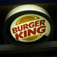 Снимок сделан в Burger King пользователем Szymon K. 10/22/2011