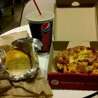 Photo taken at Pizza Hut Express by MeYvie H. on 12/1/2011