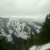 Photo taken at The Sundeck at Aspen Mountain by Lindsay G. on 1/19/2012
