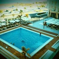 Foto tirada no(a) Real Marina Hotel & Residence por Pedro C. em 6/22/2012