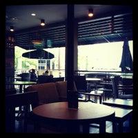 Das Foto wurde bei Starbucks von Ryan L. am 1/1/2012 aufgenommen