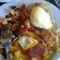 Photo taken at Bella Bru Cafe by Jenna B. on 11/27/2011