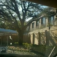 Foto scattata a River Oaks Country Club da Arturo G. il 8/16/2011