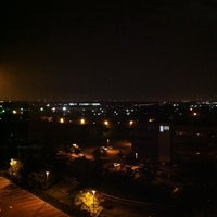 Photo taken at Hilton Hasbrouck Heights/Meadowlands by Joshua R. on 6/1/2011