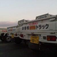 Photo taken at Handsman by Yoshiaki H. on 2/15/2012