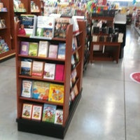 Photo taken at H-E-B plus! by Lester G. on 5/19/2011
