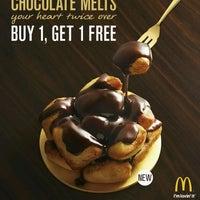 Photo taken at McDonald's / McCafé by Tan K. on 7/13/2011