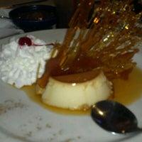 Foto tomada en La Parrilla Mexican Restaurant por Shawn M. el 10/16/2011