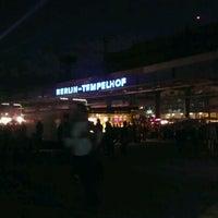 Das Foto wurde bei Flughafen Tempelhof von Baptiste P. am 9/10/2011 aufgenommen