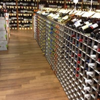 Photo taken at Stew Leonard's Wines and Spirits by Eric N. on 10/28/2011