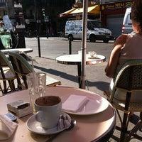 Photo taken at Pause Café by Emmanuel T. on 6/27/2011