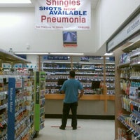 Photo taken at Walgreens by Gregorio N. on 8/8/2012