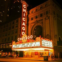 Foto tirada no(a) The Chicago Theatre por Anil P. em 8/31/2012