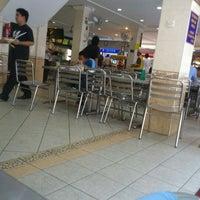 Photo taken at Nasi Kandar Pelita by * Lyn k. on 2/25/2012