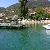 Foto scattata a Mavi Deniz da Deniz Z. il 6/22/2012