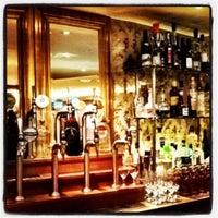 Foto scattata a Bar Boulud da Mick Y. il 7/24/2012