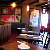Photo taken at Pizza Hut by Sylvia H. on 2/4/2012