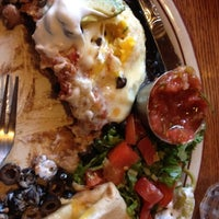 Foto diambil di Echo Lake Cafe oleh Nikki C. pada 8/17/2012