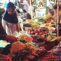 Photo taken at Pasar Beringharjo by Dimas H. on 8/21/2012