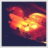 Foto tomada en La Opera por Roxanna d. el 6/3/2012