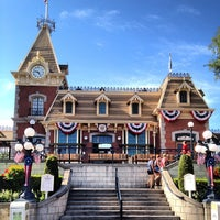 Photo taken at Main Street, U.S.A. by MissMaybelline on 8/15/2012