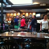Foto diambil di Olive & Anchor oleh Seph D. pada 8/19/2012